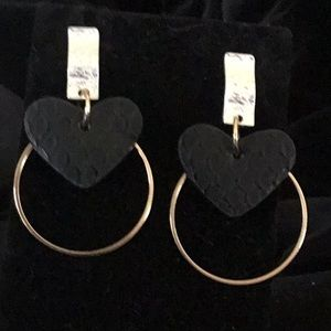 BLACK TEXTURED LEATHER, GOLD&SILVER TONE EARRINGS